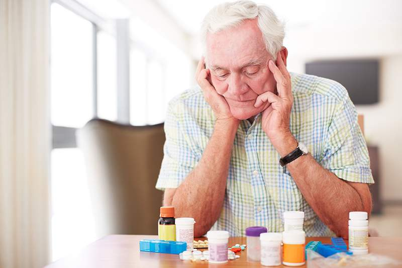 Medication Management for Seniors: Avoid Common Aging-Related Medication Problems
