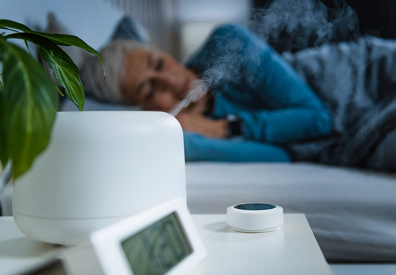 Benefits of a Humidifier for Seniors and COPD Patients